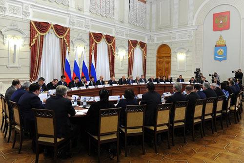 Заседание Совета помежнациональным отношениям вАстрахани, 31октября 2016