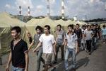 Первая партия мигрантов из московского лагеря отправляется домой