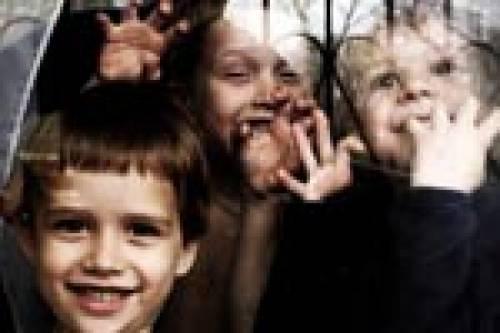 Врачи просят президента России отпустить детей-сирот в США